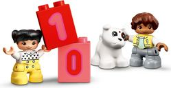 LEGO® DUPLO® Number Train - Learn To Count minifigures