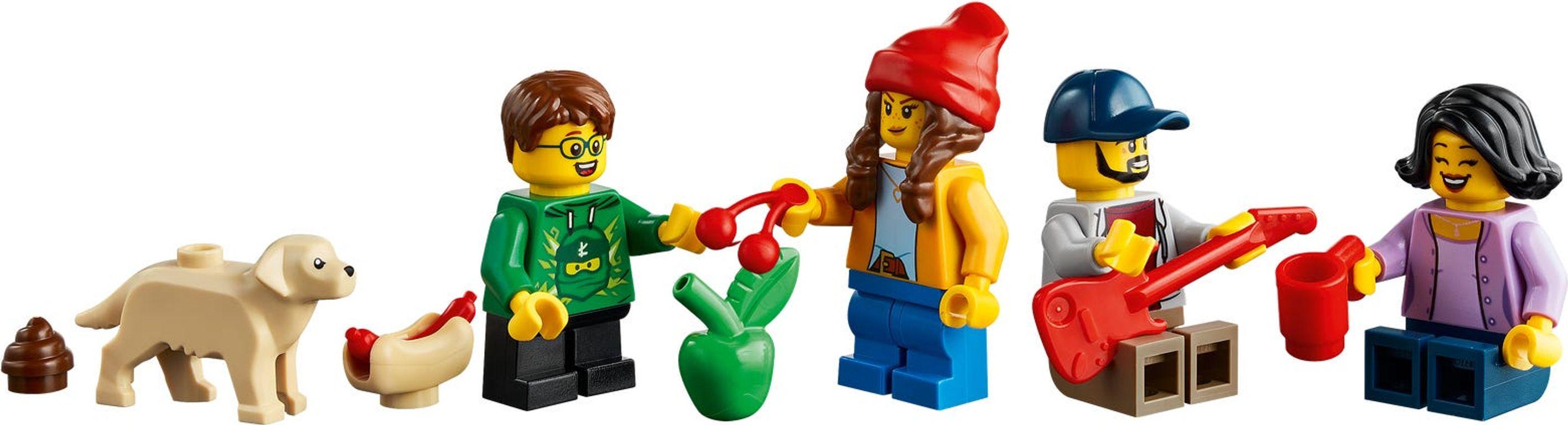 LEGO® City Family House minifigures